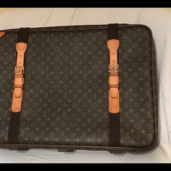 Louis Vuitton Vintage Luggage Suitcase